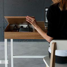 O1 Desk by Ukrainian Design Firm ODESD2