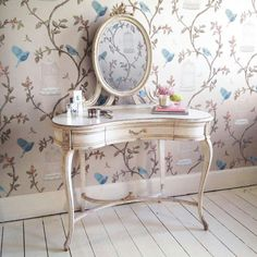 Birdcage walk wallpaper, beautiful in this dressing area.