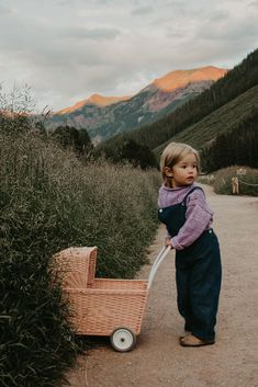 Free spirited Clothes to Match your Vibrant Soul Little Babies, Little Ones, Cute Babies, Baby Family, Children And Family, I Want A Baby, Career Inspiration, Character Inspiration, Knitting For Kids