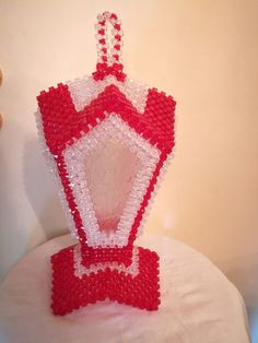 Bead Bowl, Safety Pin Crafts, Beaded Clutch, Beaded Animals, Beading Projects, Bead Crafts, Doilies, Lanterns, Beaded Jewelry