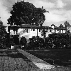 benefactor Spanish Revival, Spanish Colonial, Family Life, Friends Family, Spanish Exterior, Celebrity Houses, Historical Society, Golden State, Envelope