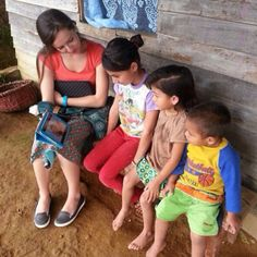 Costa Rica using JW.ORG to teach young ones about Jehovah God, Jesus and God's Word the Bible -- Photo shared by @tlcleelee