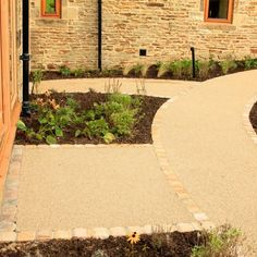 Resin Bonded Driveways, Patios and Pathways Gallery - Resin Drives Garden Ideas Driveway, Back Garden Landscaping, Driveway Design, Backyard Patio, Garden Paths, Resin Driveway, Resin Patio, Resin Bound Driveways, Tarmac Driveways