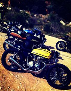 cafe racer bikes.CB400,Moto guzzi,BMW r100