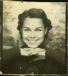 ** Vintage Photo Booth Picture **  Young Woman, chin on hands.