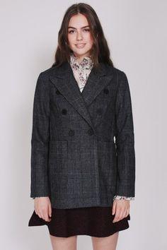 Velg blant kjente merkevarer fra norsk nettbutikk - KUN for jenter. VILLOID er laget for deg. Checked Blazer, Mohair Sweater, Bright Purple, Red Hoodie, Flare Pants, Knit Dress, Hooded Jacket, Couture