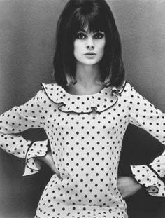 "Jean Shrimpton in a Mary Quant dress by John French ""I made this dress for myself - a Mary Quant pattern for Vogue. 60s And 70s Fashion, Moda Fashion, Retro Fashion, Fashion Models, Vintage Fashion, Club Fashion, Sporty Fashion, British Fashion, Ski Fashion"