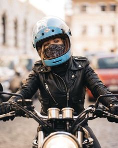 Best motorcycle outfit for women biker chick black 47 Ideas Scrambler Motorcycle, Motorcycle Style, Motorcycle Outfit, Biker Style, Motorcycles, Motorcycle Jacket, Ducati Scrambler, Motorcycle Accessories, Lady Biker