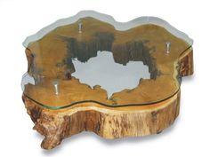 Mesa centro - MC 02 - Mesa de centro redonda com tampo de vidro, rodizios de acrílico em design italiano.
