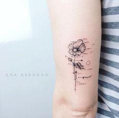 Wispy flower by Ana Abrahao