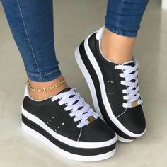 Pin by Jacqueline Marquez on tenis shoes in 2019 Pretty Shoes, Beautiful Shoes, Cute Shoes, Me Too Shoes, Dream Shoes, Crazy Shoes, Cute Sneakers, Shoes Sneakers, Sneakers Fashion