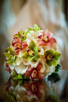 Pretty angle of flower bouquet with reflection