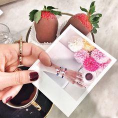 Tam bir cumartesi!  #memories #coffee #desert #photoography #picture #decoration #dekorasyon #home #tasarım #sosyopix #photo #love #cute #funny  #flowers #strawberry