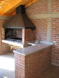 Resultado de imagen para planos de churrasqueira Build Outdoor Kitchen, Outdoor Oven, Outdoor Kitchen Design, Outdoor Cooking, Living Pool, Outdoor Living, Parrilla Exterior, Built In Braai, Brick Bbq