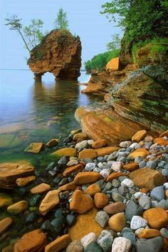 Seastack, Apostle Islands National Lakeshore, Wisconsin