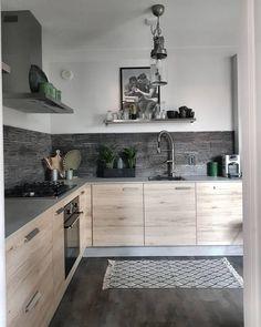 Perfekt Die Die Offene Konzeption Eines Küchenregals Wirkt Leichter Und Weniger  Wuchtig Als Ein Geschlossener Schrank.