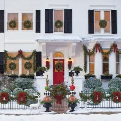 If you like Front Porches Farmhouse Christmas Decorations Ideas lets read more and see our pins. I think its best of list for Front Porches Farmhouse Christmas Decorations Ideas Christmas Front Doors, Christmas Porch, Christmas Scenes, Outdoor Christmas Decorations, Christmas Lights, Christmas Holidays, Christmas Wreaths, Christmas Budget, Halloween Decorations