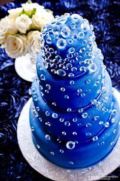 Krásný lagunový dort.