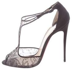 bdff9ef4c5b0 Black Chantilly lace Christian Louboutin Salonu 120 peep-toe pumps with  tonal stitching throughout