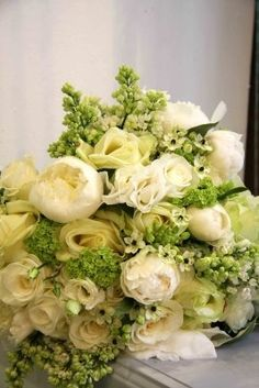 White and Green wedding boquet