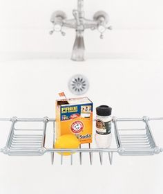 How to Clean Bathtub Stains; get rid of rust stains using a paste of cream of tartar, baking soda & lemon