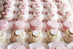 vintage pink and ivory mini cakes