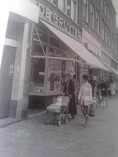 Rotterdam - Groene Hilledijk, de Gruyter Old City, Rotterdam, Ww2, Netherlands, Holland, Europe, History, Past, Nostalgia