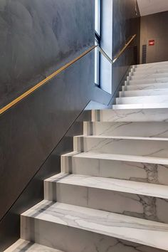 Superior staircase railing guard for 2019 A staircase railing is actually not simply a protection function. The newels, balusters, and railings of a stairs can create a true layout statement and also carry a feeling of design to a space. Home Stairs Design, Interior Stairs, House Design, Stair Design, Marble Staircase, Staircase Railings, Spiral Staircases, Grand Staircase, Metal Stairs