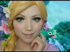 This makeup tutorial will transform you into Tangled& Rapunzel in no time at all. Rapunzel Makeup, Rapunzel Costume, Disney Makeup, Tangled Rapunzel, Disney Rapunzel, Disney Princess, Princess Zelda, Elsa Makeup Tutorial, Tangled Cosplay