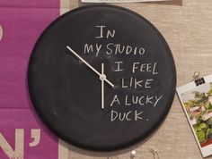 Nice way to re-purpose an old clock with chalk board paint