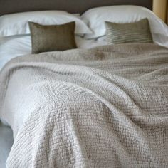 Bedroom style inspiration and ideas: Nagli handmade crinkled Quilt 100% cotton