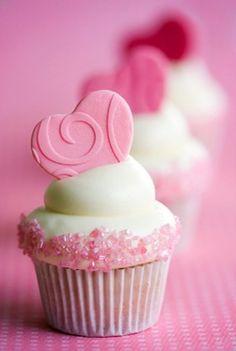 Cute Valentine's Day cupcake idea.