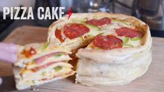 How to Bake a Pizza Cake. Behold, the pizza cake. This giant, cheesy, delicious beauty is the solution to all of man's problems. Well, maybe not but this cake is most definitely the pizza-lover's dream. Read this guide to make your own. Pizza Recipes, My Recipes, Cooking Recipes, Pillsbury Crescent Recipes, Veggie Main Dishes, Pizza Cake, Mouth Watering Food, How To Make Pizza, Pizza Party