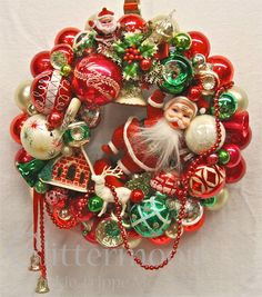 Share this on WhatsAppLooking for beautiful Christmas wreaths? Here, we have a good collection of some of the most beautiful Christmas wreaths ideas. Retro Christmas Decorations, Vintage Christmas Ornaments, Christmas Love, Vintage Holiday, Beautiful Christmas, Christmas Holidays, Christmas Crafts, Vintage Decorations, Polish Christmas