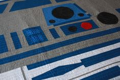 Fantastic Star Wars baby quilt featuring R2D2 | Bed Hog Shop