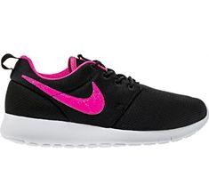 new york 940c7 99e52 Nike Roshe One (GS) Girls Size 6.5Y Black Pink Blast-White 599729-014