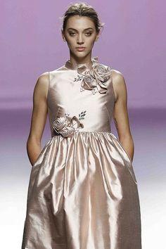 Organza y detalles joya en 'For Valentina'.