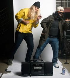 Jay and Silent Bob - DIY couples Halloween costume Duo Costumes, Diy Couples Costumes, Cheap Halloween Costumes, Super Hero Costumes, Creative Halloween Costumes, Costume Ideas, Best 90s Costumes, Halloween Makeup, Zombie Costumes