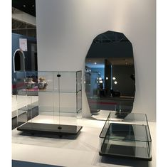 GLAS ITALIA stand at Maison&Objet Paris January 20/24, 2017 Hall 8 stand C52 COLLECTOR coffee table and furniture unit, design Edward Barber & Jay Osgerby | KOOH-I-NOOR mirror design Piero Lissoni | #glasitalia #mo17 #barberosgerby #pierolissoni www.glasitalia.com