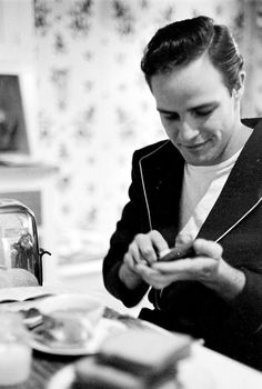 Marlon Brando. Cutest smile