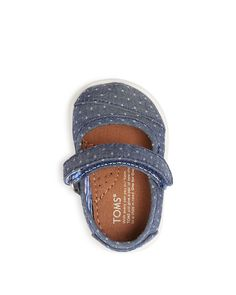 Make her first steps the sweetest in Toms' denim-inspired mary janes with easily adjustable straps for an adaptive fit. | Upper: textile, lining: textile, sole: textile and rubber | Imported | VELCRO®