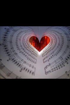 La música es sinónimo de libertad, mientras sea buena y tenga pasión...