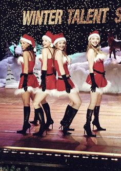 Mean Girls - Publicity still of Lindsay Lohan, Rachel McAdams, Lacey Chabert & Amanda Seyfried. The image measures 1992 * 3000 pixels and was added on 13 December Bad Girl Aesthetic, Red Aesthetic, Aesthetic Pictures, Bedroom Wall Collage, Photo Wall Collage, Amanda Seyfried, Iconic Movies, Good Movies, Mean Girls Movie