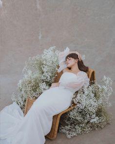 Boho Wedding Dress, Wedding Bride, Floral Wedding, Fall Wedding, Wedding Venues, Wedding Photos, Wedding Dresses, Flower Installation, All White Wedding