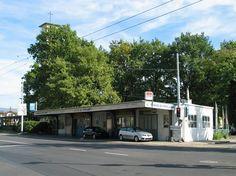 Garage du Petit-Lancy Garage, Street View, Hui, Outdoor Decor, Images, Tray, Searching, Carport Garage, Garages