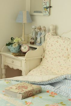 Whether it's your whole room or a quaint reading nook, shabby chic design is a go-to style for comfy and cozy bedrooms.