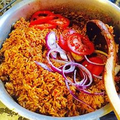Jollof rice 23 Nigerian Foods The Whole World Should Know And Love Nigeria Food, West African Food, Rice Dishes, Main Dishes, Food 52, International Recipes, Cooking Recipes, Rice Recipes, Fast Recipes