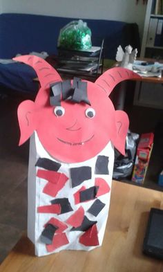 Certik Minions, Diy And Crafts, Preschool, Advent, Fictional Characters, Art, Art Background, The Minions, Kid Garden