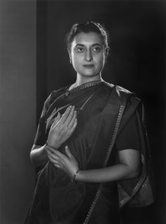 Indira Ghandi, Freedom Fighters Of India, Yousuf Karsh, Royal Family Portrait, Rekha Actress, Gayatri Devi, Jawaharlal Nehru, Rare Historical Photos, She's A Lady