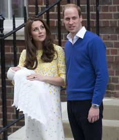 Kate Middleton Favors Princess Charlotte As She Won't be Monarch: Prince George Sibling Rivalry Will Be Epic
